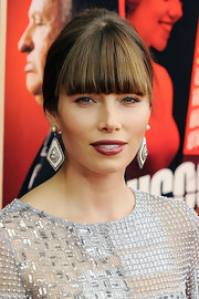 Pearls, diamonds, and Deco-inspiration—what's not to love about Jessica Biel's darling dangle earrings?
