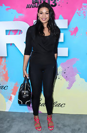 Jordin kept her look sleek and stylish with fitted black leggings.