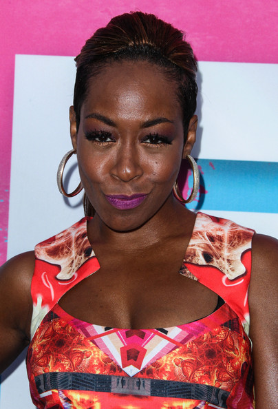 More Pics of Tichina Arnold Print Dress (1 of 3) - Tichina Arnold Lookbook - StyleBistro