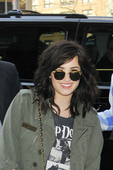 Demi Lovato Square Sunglasses