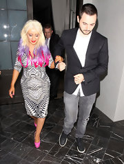 Christina Aguilera's hot pink platform pumps matched the hot pink tips of her hair.