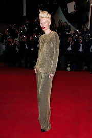 No one could possibly have rocked these gold-gilded PJs quite like Tilda Swinton!