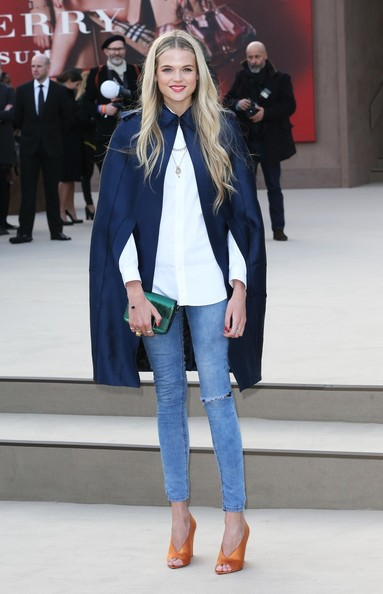 More Pics of Gabriella Wilde Skinny Jeans (1 of 1) - Gabriella Wilde Lookbook - StyleBistro