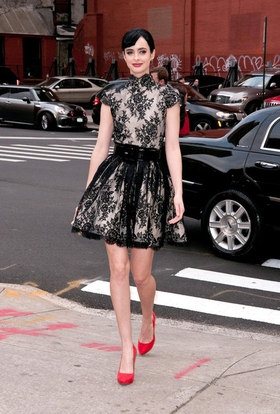 More Pics of Krysten Ritter Pumps (5 of 5) - Krysten Ritter Lookbook - StyleBistro