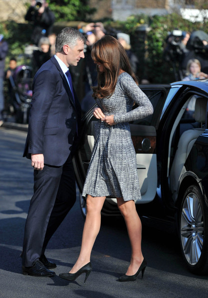 More Pics of Kate Middleton Wrap Dress (5 of 9) - Kate Middleton Lookbook - StyleBistro