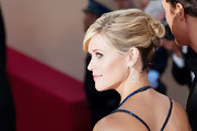 Reese Witherspoon wore her hair swept up in twisted sections to create a chic red carpet 'do for the 'Mud' premiere.