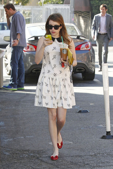 Emma Roberts Clothes