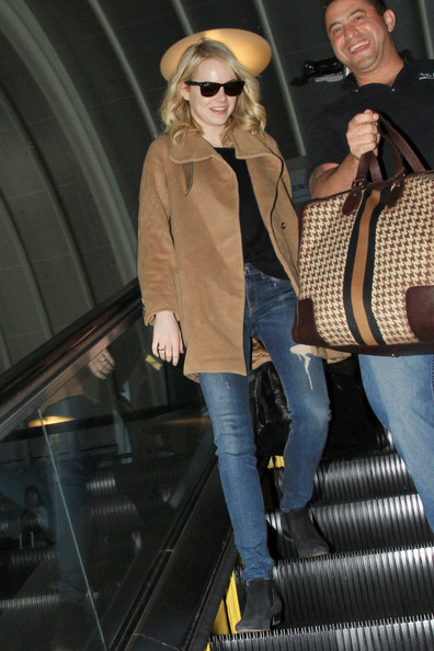 More Pics of Emma Stone Ripped Jeans (4 of 17) - Emma Stone Lookbook - StyleBistro