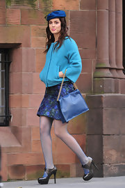 Leighton Meester was spotted on the set of 'Gossip Girl' in a cropped blue jacket paired with black Oxford-inspired platform pumps.