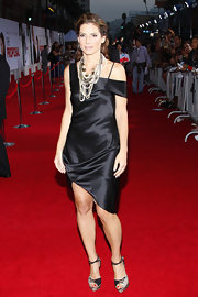 Sandra Bullock spiced up her little black dress with a thick beaded necklace for the LA premiere of 'The Proposal.'
