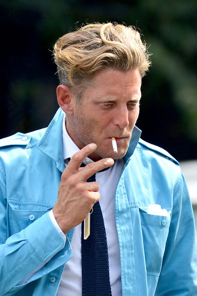 Lapo Elkann styled his hair in a suave short wavy cut for a lunch date with friends.