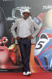 Samuel L. Jackson kept his red carpet look on the casual side with a pair of jeans.