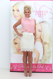 Frankie Essex showed her sweet side with this floral lace skirt with featuring an adorable bow accent.