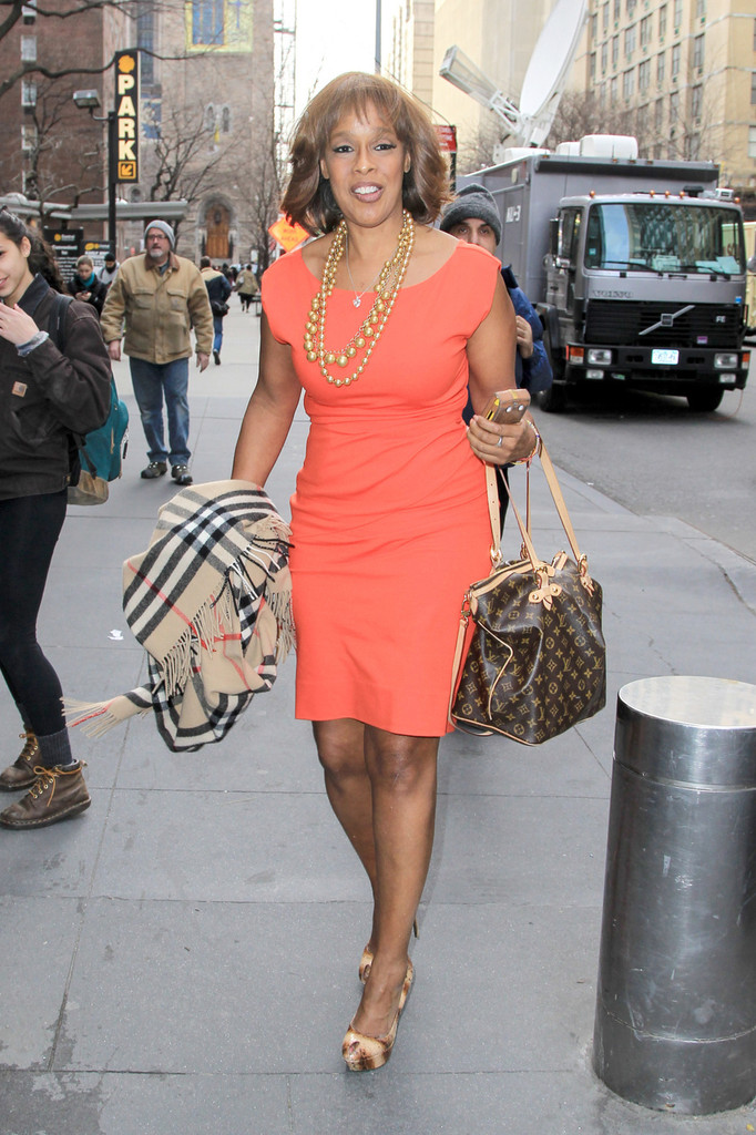 Gayle King Day Dress Gayle King Clothes Looks Stylebistro
