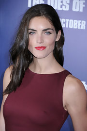 Hilary Rhoda paired a piping-hot pink lipstick with her deep berry-colored dress at the NYC premiere of 'The Ides of March'.