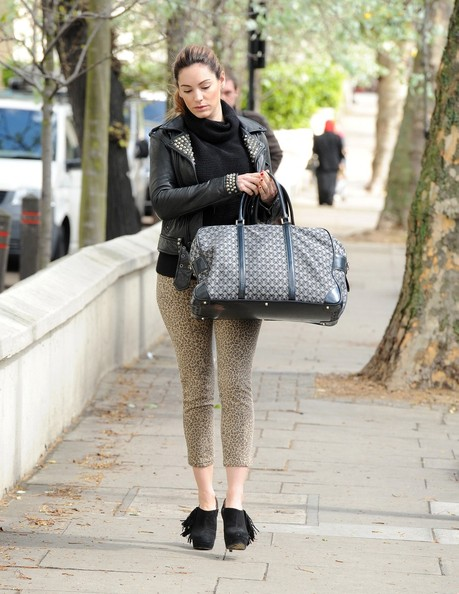 More Pics of Kelly Brook Ankle Boots (1 of 7) - Kelly Brook Lookbook - StyleBistro