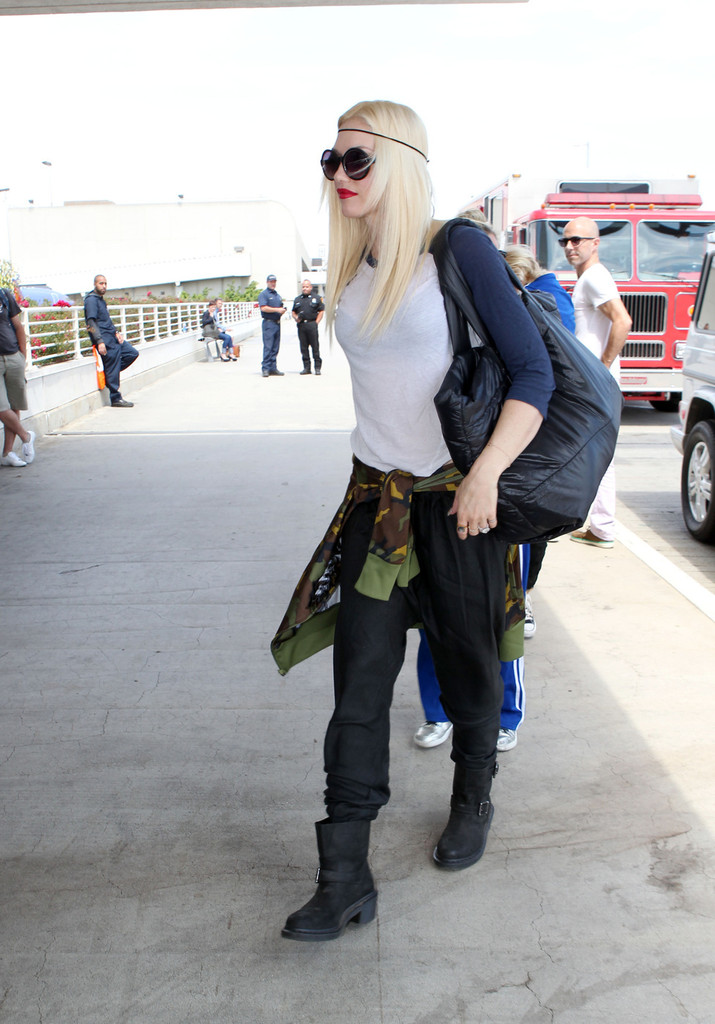 Gwen Stefani and Her Boys Leave LA