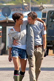 Halle is the queen of effortlessly sexy short denim shorts.