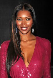 Jessica White left her hair long and straight for the 9th annual spring dinner dance in NYC.