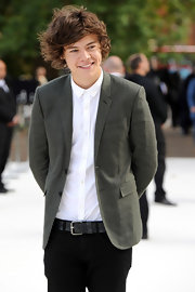 Harry Styles wore a Burberry Prosum jacket to their Spring/Summer runway show.
