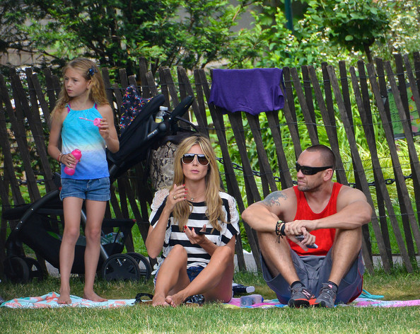 Heidi Klum and Her Family Play at the Park