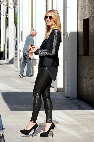 More Pics of Heidi Klum Blazer (3 of 11) - Heidi Klum Lookbook - StyleBistro