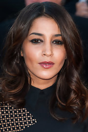Leila Bekhti turned up the heat with sexy smoky eyes at the premiere of 'Le Passe' at Cannes.