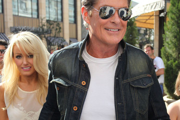 "Maria Menounos David Hasselhoff International star David Hasselhoff and his girlfriend Hayley Roberts make an appearance on the hit talk show ""Extra"" in Los Angeles"