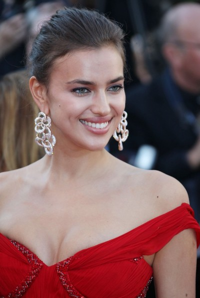 Irina Shayk Dangle Decorative Earrings