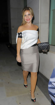 Heidi Range partnered her off-the-shoulder dress with a pair of peep-toe slip on heels while out at Nobu 2.