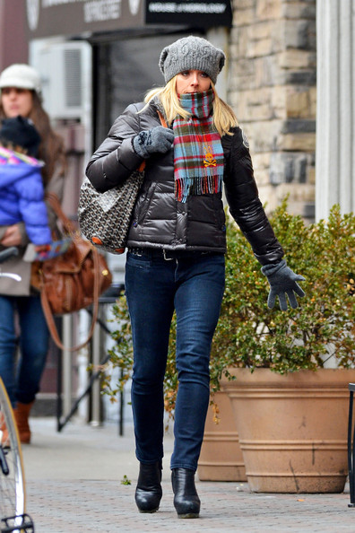 More Pics of Jane Krakowski Skinny Jeans (1 of 9) - Skinny Jeans Lookbook - StyleBistro