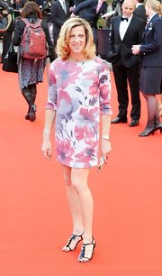 Sally Gunnell's floral dress and embellished T-strap sandals at the British Olympic Team gala were a fab pairing.