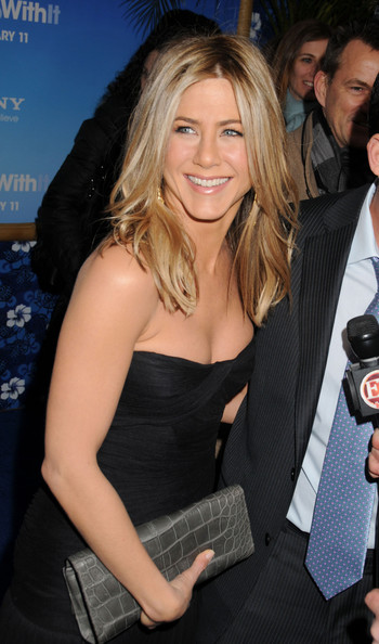 More Pics of Jennifer Aniston Diamond Ring (1 of 36) - Jennifer Aniston Lookbook - StyleBistro