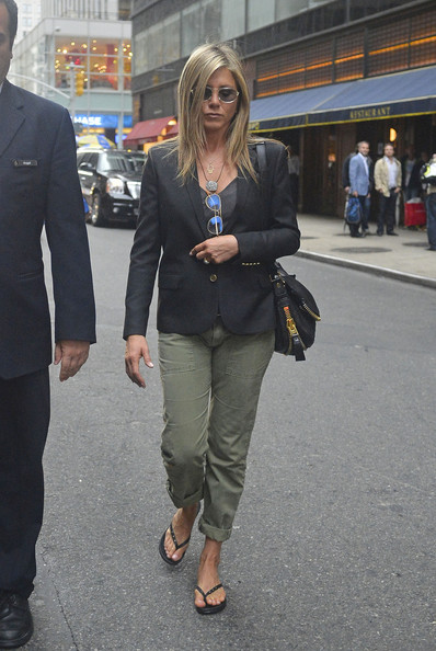 More Pics of Jennifer Aniston Blazer (1 of 7) - Jennifer Aniston Lookbook - StyleBistro