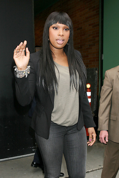 More Pics of Jennifer Hudson Charm Bracelet (1 of 12) - Jennifer Hudson Lookbook - StyleBistro