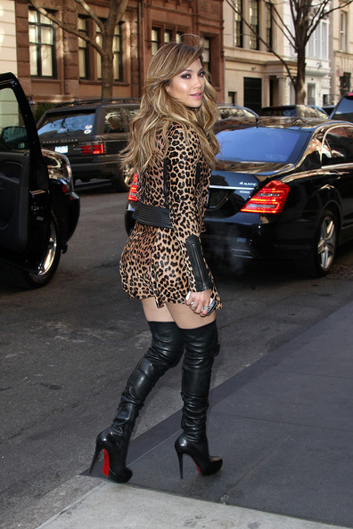 More Pics of Jennifer Lopez Over the Knee Boots (3 of 15) - Jennifer Lopez Lookbook - StyleBistro