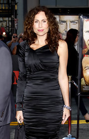 Minnie Driver showed up at the 'A Team' premiere in shoulder length curls and a body-con dress.