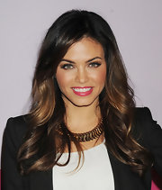 Jenna Dewan-Tatum wore a glossy hot pink lipstick at the fall 2012 Alice + Olivia presentation.