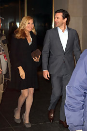 Jennifer Westfeldt visited the 'Today' showing wearing an elegant black wool coat.