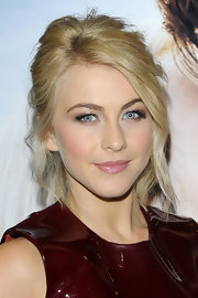 Messy waves framed Julianne Hough's face and cascaded down from her undone updo.