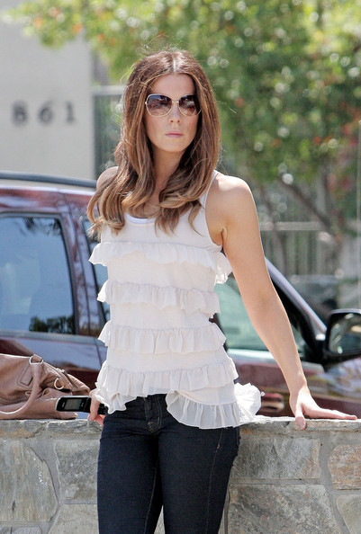Kate Beckinsale Aviator Sunglasses