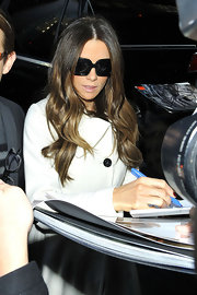 While out in NYC, Kate Beckinsale wore her long locks in soft waves with a casual center part.