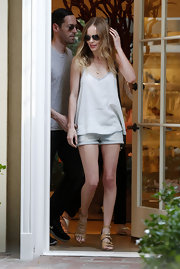 Kate chose this loose-fitting off-white tank to pair over her shorty shorts while out in Hollywood.
