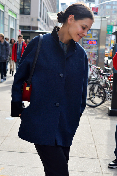 More Pics of Katie Holmes Wool Coat (1 of 5) - Wool Coat Lookbook - StyleBistro
