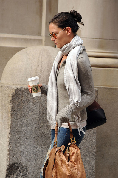 More Pics of Katie Holmes Patterned Scarf (3 of 6) - Scarves Lookbook - StyleBistro []