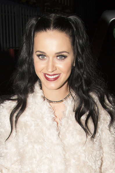 Katy Perry Gold Choker Necklace []