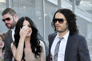 Katy Perry Russell Brand Red Carpet of 'Arthur'