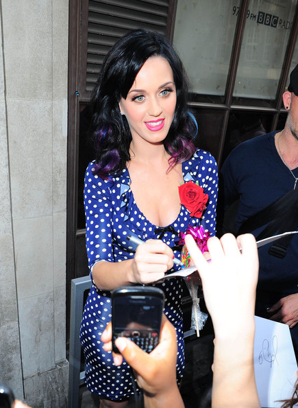 More Pics of Katy Perry Cocktail Dress (5 of 12) - Dresses & Skirts Lookbook - StyleBistro []