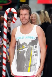 A casual tank top printed with a naked woman on a red carpet event? Perez Hilton no doubt caught a lot of eyes at the 'Part of Me' premiere.