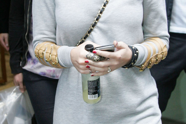 More Pics of Katy Perry Statement Ring (4 of 10) - Katy Perry Lookbook - StyleBistro []